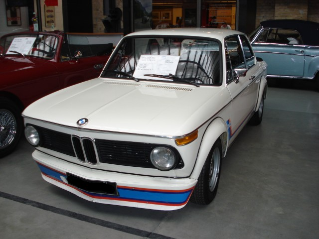 bmw 2002 oldtimer. Black Bedroom Furniture Sets. Home Design Ideas