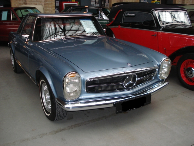 mercedes benz sl w113 pagode kaufen w113 sl ersatzteile clubs oldtimer. Black Bedroom Furniture Sets. Home Design Ideas